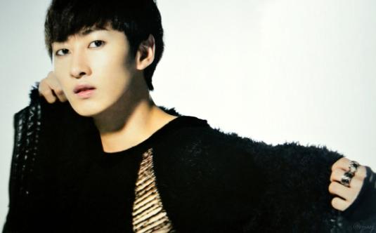 Eunhyuk-Super-Junior